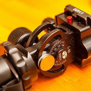 Sirui L-10 Two-way Tilt Head