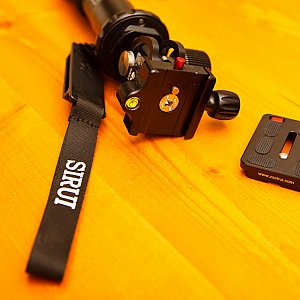 Sirui L-10 Two-way Tilt Head with attached wrist strap