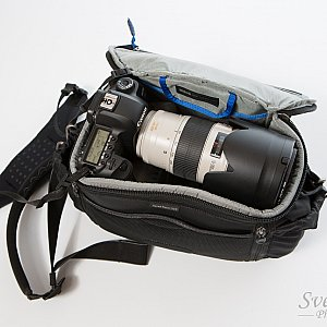 v2.0 fits a Canon 5D and a 70-200 2.8 IS L