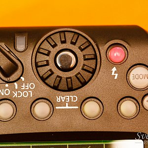 YN-E3-RT control panel